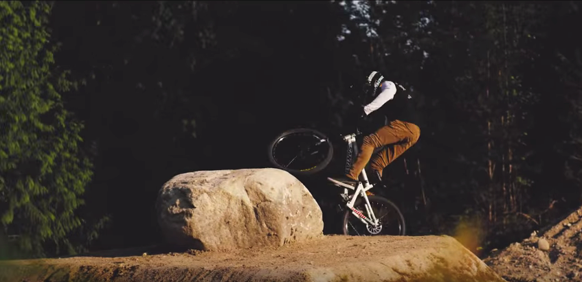 The Backwoods – slopestyle met Logan Pete