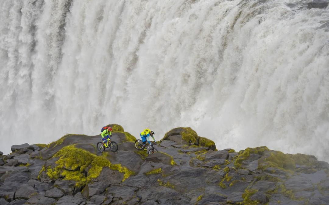 Dwars door IJsland met Hans Rey en Steve Peat!