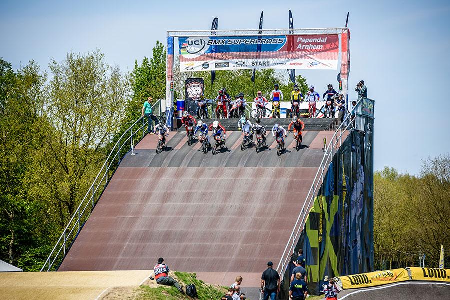 Fietsspektakel tijdens het Papendal Bike Event