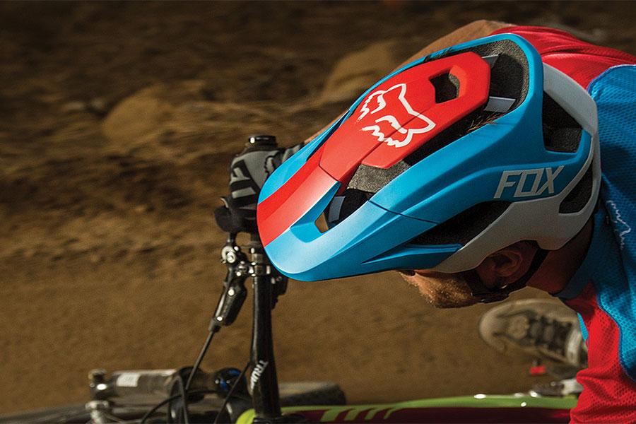 Nieuwe Fox Metah-helm