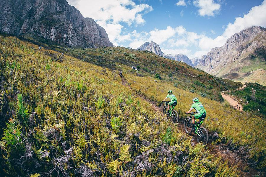 Ironman neemt de Cape Epic Mountain Bike Race over
