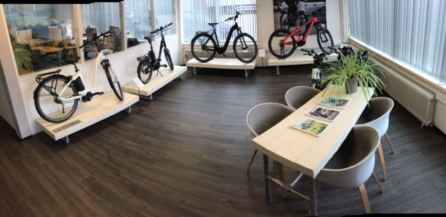 Nieuwe showroom en website Flyer bij Amazing Wheels