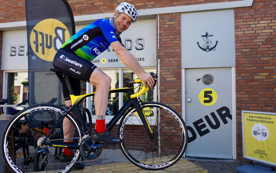 Ramses Bekkenk van start in de Adecco Group 24 uur van Cycling Zandvoort