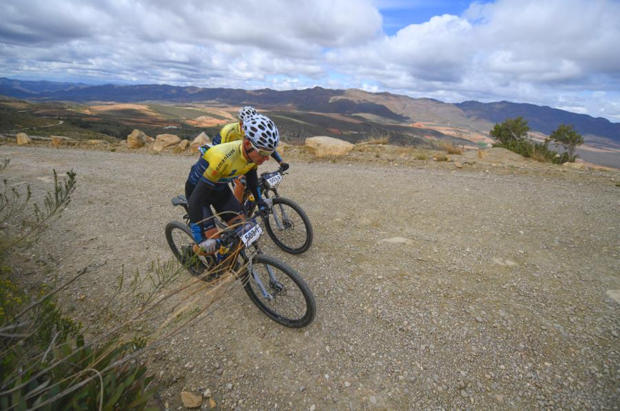 Cape Pioneer Trek – Mos en Smeenge verliezen de leiderstrui in Cape Pioneer Trek