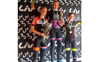 Enthousiaste Liv Marathon Cup-deelnemers naar Veluwezoom voor MTB-clinic