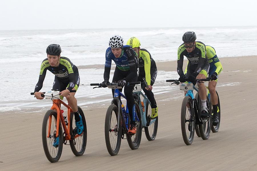 Kopgroep strandrace Julianadorp